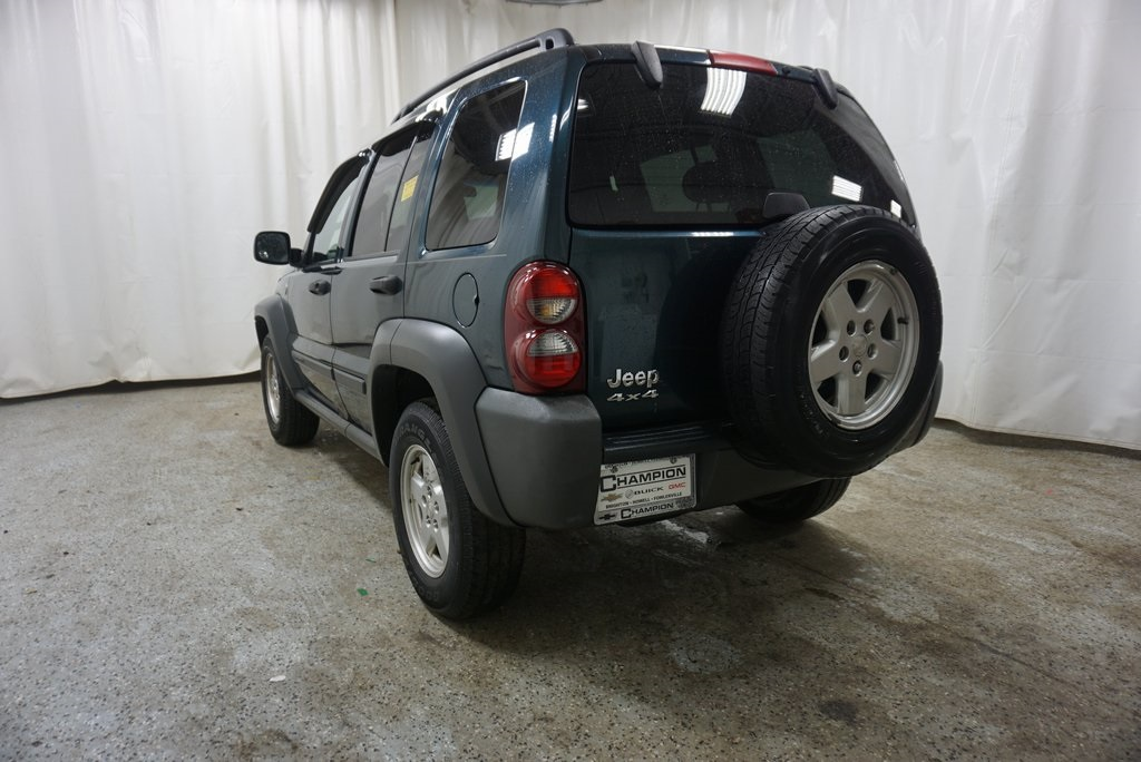 Pre-Owned 2006 Jeep Liberty Sport