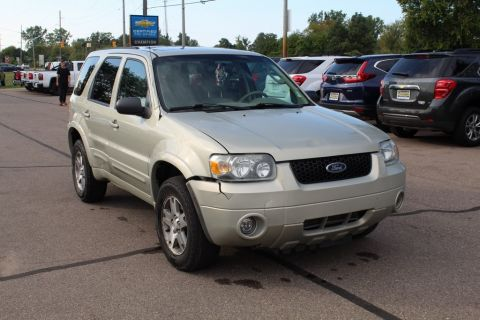 Pre-Owned 2005 Ford Escape Limited